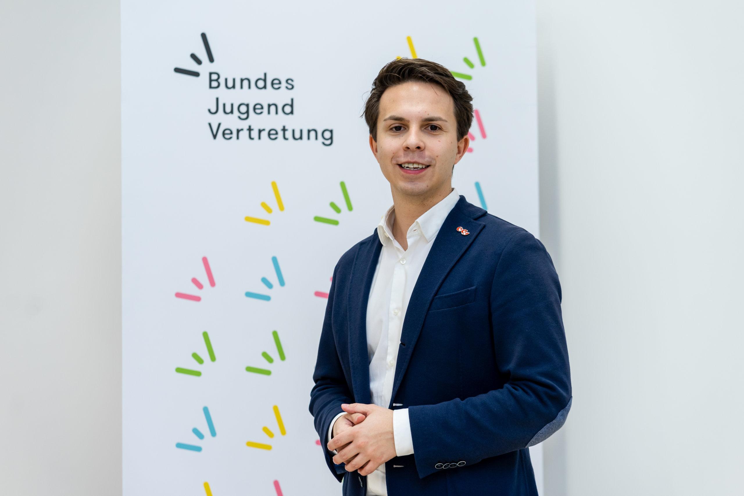 Philipp Ovszenik